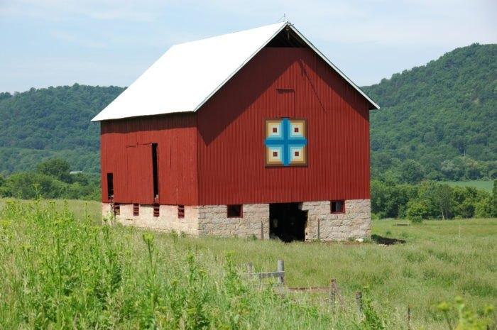 Caledonia Area Fall Barn Quilt Tours: The Heart of Quilt Country – Calendonia, MN
