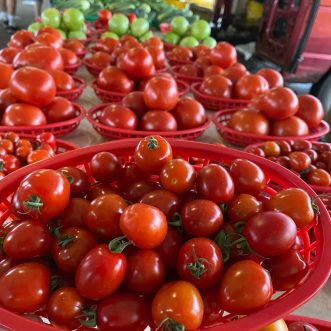 The MPLS Farmers Market: Fall's Best … And Yes, Huevos Ranchero Nachos Too!